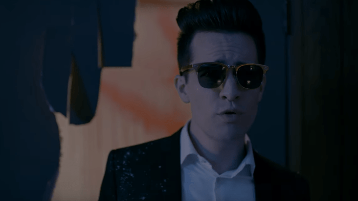 PANIC-AT-THE-DISCO-SAY-AMEN-VIDEO-END-OF-A-CENTURY-FOTO