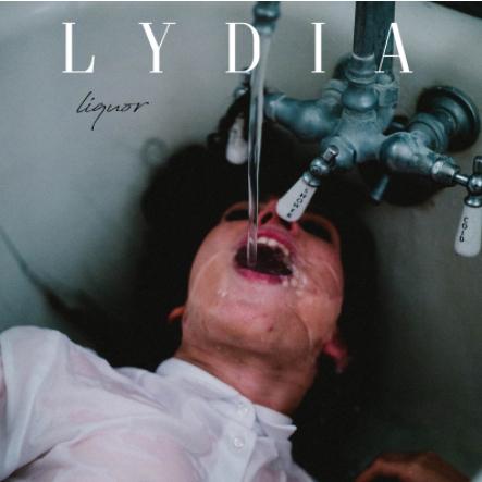 lydia-liquor-copertina-album-foto.jpg