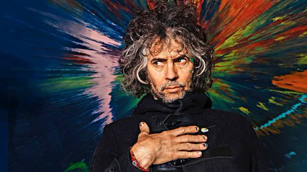 wayne-coyne-flaming-lips-greatest-hits-foto