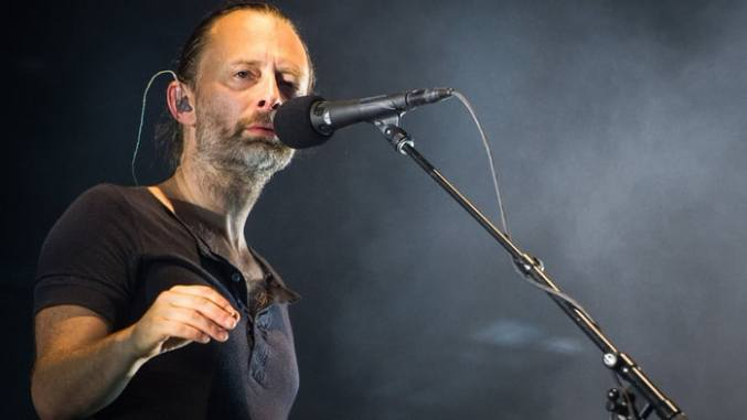 thom yorke the axe canzone