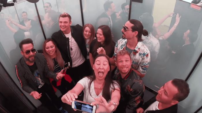 Backstreet Boys candid camera ascensore MTV TRL