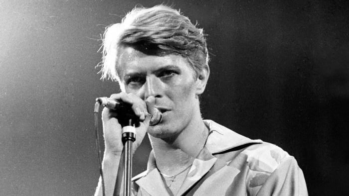 """David Bowie cofanetto """"Loving The Alien 1983-1988"""" estratto """"Zeroes"""""""