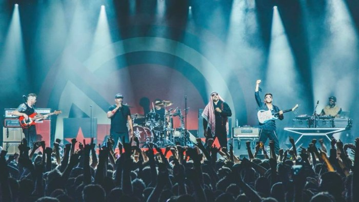 """prophets of rage nuova canzone """"heart afire"""""""
