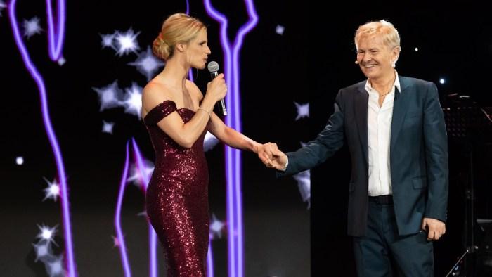 """""""Lucio!"""" in prima serata venerdì 31 agosto su Canale 5 Ron e Michelle Hunziker"""