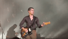 "arctic monkeys cover ""the union forever"" the white stripes a detroit foto"