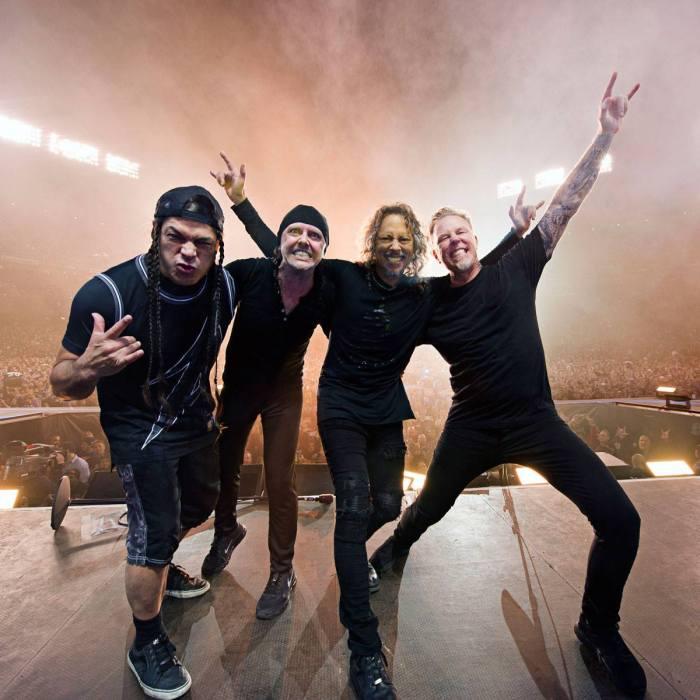 metallica compleanno james hetfield locandine world wired tour europa 2018 foto