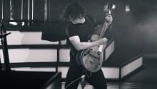 """Jack White annuncia l'uscita pe ril 21 settembre del film concerto """"Jack White: Kneeling At The Anthem D.C."""" e un EP di sei brani"""