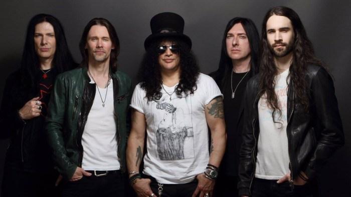 """Slash featuring Myles Kennedy & The Conspirators in concerto venerdì 8 marzo al Fabrique di Milano per presentare il nuovo album """"Mind Your Manners"""""""