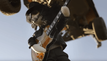 """Stoopid Buddy ha diretto il video di """"Driving Rain"""" di Slash feat. Myles Kennedy & The Conspirators"""