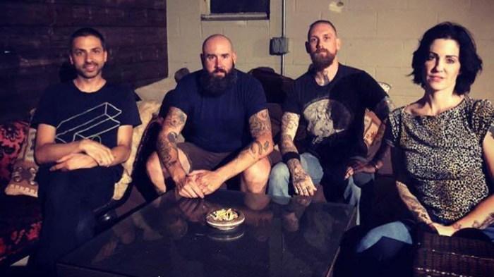 """The Distillers pubblicano dopo 15 anni la nuova canzone """"Man Vs. Magnet"""" che anticipa il nuovo album"""