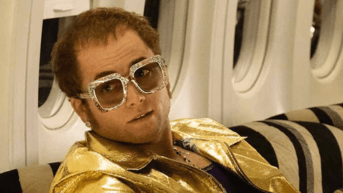 "Taron Egerton è Elton John in ""Rocketman"" film in uscita nell'estate 2019"