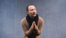 """Thom Yorke ha pubblicato il terzo estratto dalla colonna sonora del remake di Suspiria di Luca Guadagnino, si chiama """"Volk"""""""