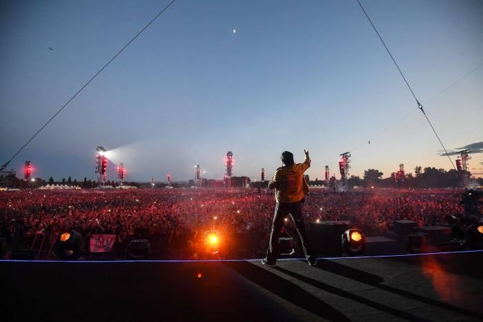 Vasco Rossi è l'uomo dei record con oltre 225.000 spettatori nell'anno record della musica in Italia, il 2017