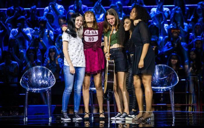 Camilla Musso, Martina Attili, Ilaria Pieri, Luna Melis e Sherol Dos Santos sono le cinque Under Donne che andranno agli Home Visit di X Factor 12 con Manuel Agnelli