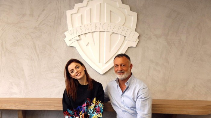 Annalisa rinnova il contratto come autrice di Warner Chappell