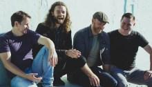 """La band folk-rock Jon and Roy arriva in concerto il 25 marzo al Circolo Ohibò di Milano per presentare il nuovo album """"Here"""""""