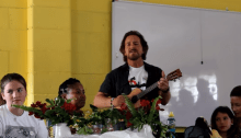 "Eddie Vedder ha suonato all'ukulele ""Here Comes The Sun"" dei Beatles in Sudafrica"