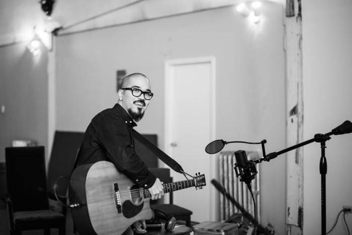 Il cantautore Koji in concerto l'11 febbraio al Freakout Club di Bologna
