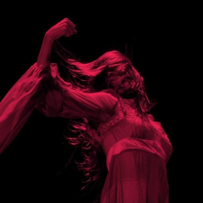 """""""Moderation"""" e """"Haunted House"""" sono i due brani inediti di Florence and the Machine"""