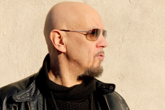 Enrico Ruggeri annuncia nuovo album e tour dal 4 aprile