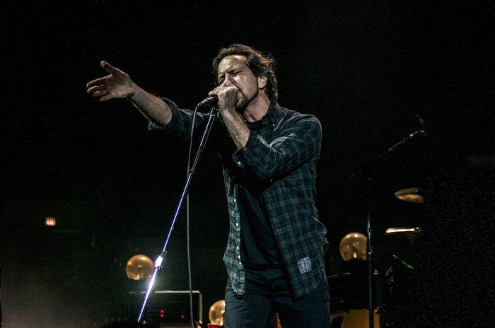 Eddie Vedder torna al Firenze Rocks il 15 giugno con Glen Hansard: prezzi biglietti, abbonamenti e pacchetti