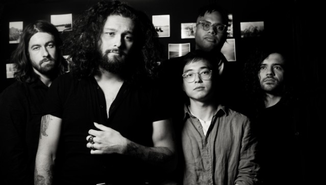 Gang of Youths in apertura ai Mumford And Sons a Milano il 29 aprile