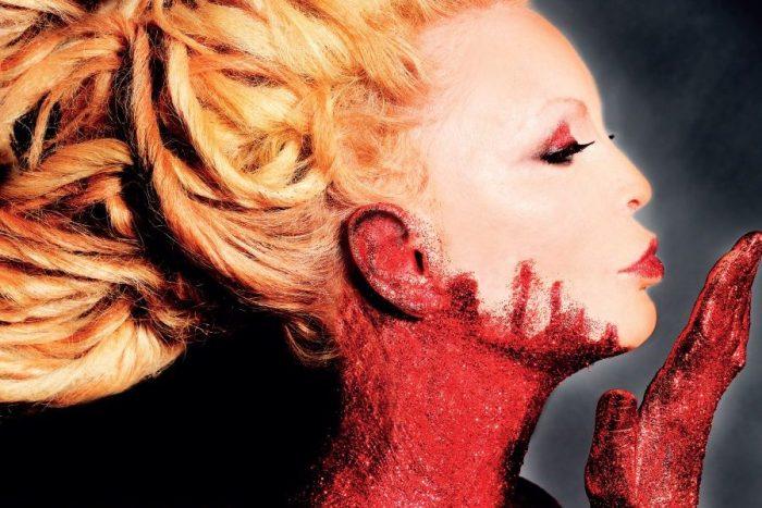 """Patty Pravo le date del """"Red Tour"""" dal 1 marzo in tour"""