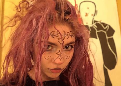 """Grimes annuncia su Instagram il nuovo album """"Miss_Anthropocene"""""""