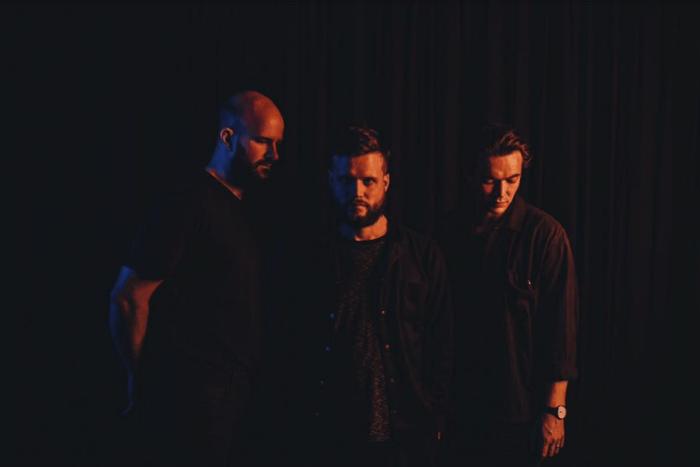 """I White Lies annunciano un concerto il 29 luglio al Circolo Magnolia di Milano per presentare l'album """"Five"""""""