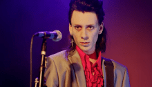 """""""Room 37: The Mysterious Death Of Johnny Thunders"""" è il biopic sulla tragica morte del leader di New York Dolls e Heartbreakers"""