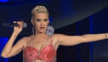 """Katy Perry a sorpresa sul palco del Coachella 2019 insieme a Zedd per """"365"""""""