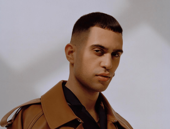 "Mahmood canta ""Soldi"" al party dell'Eurovision Song Contest a Londra"