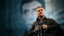 "Morrissey e Billie Joe dei green Day insieme in ""Wedding Bell Blues"" di Laura Nyro"