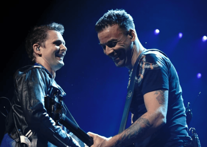 """Pray"" è la canzone di Matthew Bellamy dei Muse da solista contenuta nella colonna sonora del Trono di Spade ""For The Throne"""