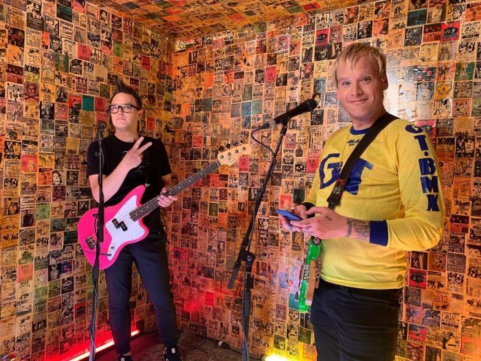 """""""Generatinal Divide"""" è il nuovo singolo dei Blink 182"""