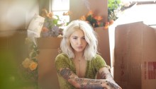 """Julia Michaels torna con il nuovo album """"Inner Monologue Part 2"""""""