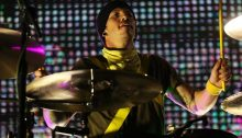 "Josh Dun dei Twenty one Pilots suona ""Mutt"" insieme ai Blink 182"