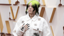"Billie Eilish si è esibita agli Oscar 2020 con ""Yesterday"" dei Beatles"
