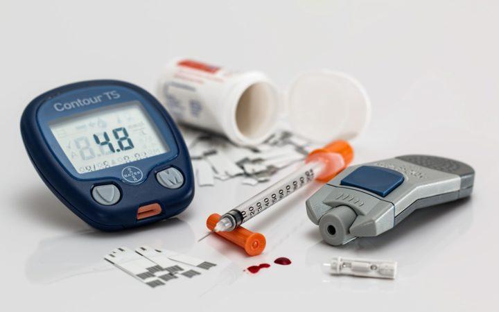 hipoglicemia va provoca pierderea în greutate)