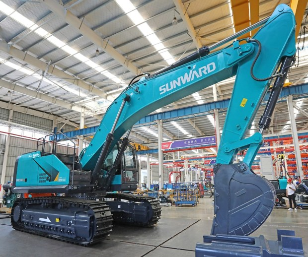 Electric Excavator SWE550F-ED in factory