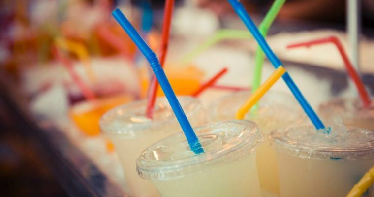UK To Ban Plastic Straws, Cotton Swabs, and other Single Use Plastics