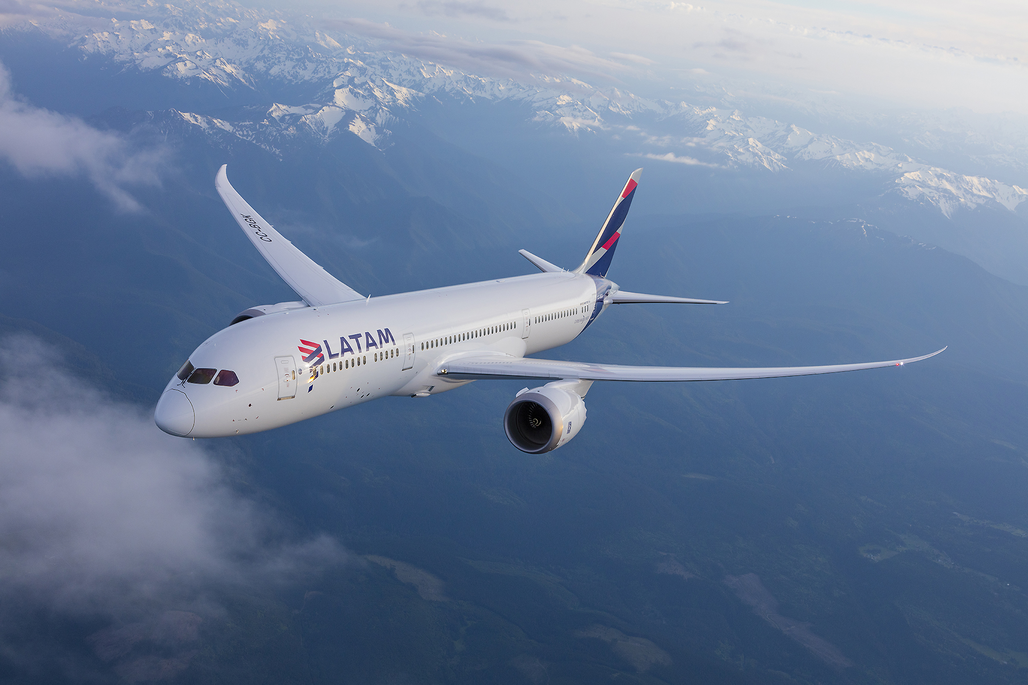 https://i2.wp.com/enelaire.mx/wp-content/uploads/LATAM-B787-9-volando-Chile.jpg