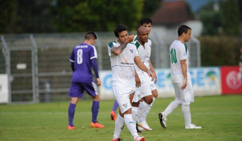 Cristóbal Jorquera anotó en goleada del Bursaspor