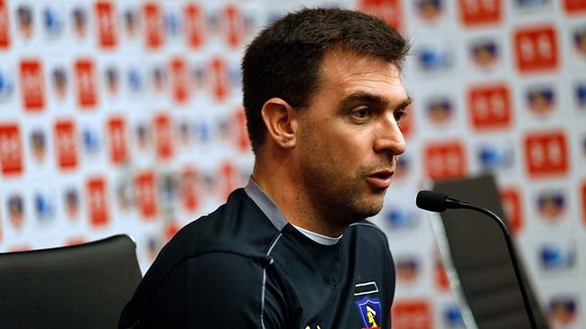 Pablo Guede: «Yo no le voy a regalar el puesto a nadie en Colo Colo»