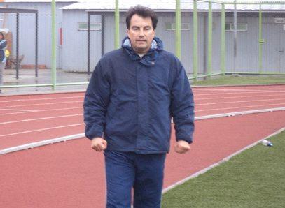 Rubén Martínez vuelve a ser el entrenador de Independiente de Cauquenes