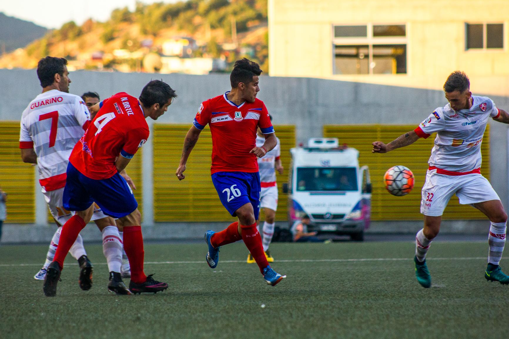 Deportes Copiapó fue a Quillota y rescató un empate