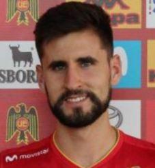21. Agustín Volker