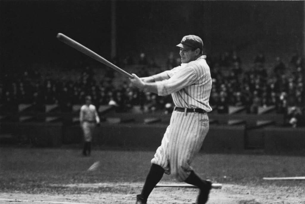 Subastarán el bate del HR 500 de Babe Ruth
