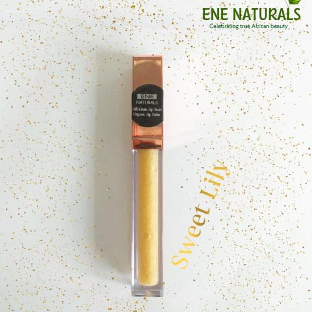 Moisturizing natural lip gloss