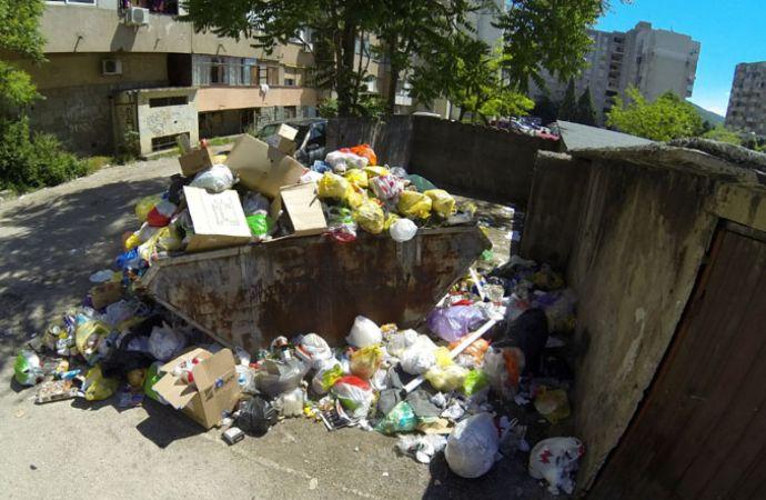NOVA OPASNOST? Skupljači boca postaju prijetnja, korona virus zadržava se na površinama otpadnih materijala